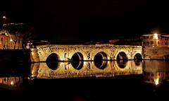 Rimini - Ponte di Tiberio (robertar.) Tags: ponte bridge antichità romani rimini italia italy romagna riflessi notte night luce light mirror