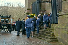 Sir Ken enters the cathedral (James O'Hanlon) Tags: sir ken dodd sirkendodd kendodd funeral cathedral anglican liverpool liverpoolcathedral anglicancathedral stars knotty ash knottyash squire legend comedy