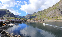 Lofoten, More on the Fjordside (Eye of Brice Retailleau) Tags: angle beauty composition landscape nature outdoor panorama paysage perspective scenery scenic view extérieur ciel sky backpacking earth mountain mountains travel vista reflection reflet mirror colourful colours clouds light europe norway norge norvege cloudscape water waterscape eau montagne calme fjord village lofoten boat bateau