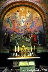Lourdes 075-A-7 (José María Gil Puchol) Tags: aquitaine autel basilique catholique cathédrale eau eaumiraculeuse fidèle france josémariagilpuchol lourdes messe paysbasque pélèrinage religion