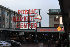 IMG_5423 (avsfan1321) Tags: seattle washington washingtonstate usa unitedstates unitedstatesofamerica pikeplace fishmarket sign neon