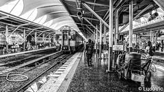 Bangkok Train Station (Lцdо\/іс) Tags: bangkok train station travel thailand thailande thaïlande thai lцdоіс asia asian blackandwhite