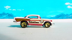 Hot Wheels HOLIDAY RACERS '57 Chevy 2017 : Diorama The Bonneville Salt Flats - 4 Of 14 (Kelvin64) Tags: hot wheels holiday racers 57 chevy 2017 diorama the bonneville salt flats