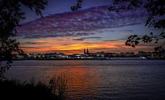 Bordeaux (joboss83) Tags: coucher de soleil bordeaux sun landscape ville fuji xt1 france la gironde couleur paysage horizon fleuve groupenuagesetciel