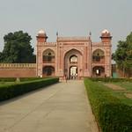 Agra 14 - Itimad-ud-Daula tomb thumbnail