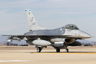 85-1443_F-16FightingFalcon_USAirForce_LUF