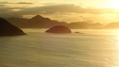 Rio de Janeiro - AMANHECER (sileneandrade10) Tags: sileneandrade rio riodejaneiro mar céu água natureza barco sunrise amanhecer viagem nikon