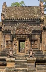 Bantaey Srei - Best viewed large (ORIONSM) Tags: bantaeysrei cambodia temple asia hindu guardians history art olympus omdem1 olympus14150mm