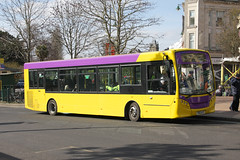 Yellow Buses 528 YX12 AJY (johnmorris13) Tags: yellowbuses yx12ajy alexanderdennis enviro200 bus ratp