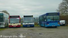 Huw's couples (Efan Thomas Bus Spotting Photography) Tags: huws coaches yg02fvu v112dcf dennis dart slf y152nlk optaresolo