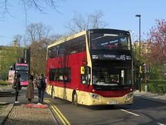 East Yorkshire 815 BF67GJE Station Ave, York on 45 (1280x960) (dearingbuspix) Tags: eyms eastyorkshire 815 bf67gje