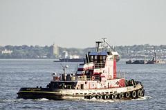 r_180524414_beat0044_a (Mitch Waxman) Tags: newyorkcity statenislandferry tugboat newyork