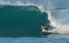 IOI_2535 Leaning Into It (Indah Obscura) Tags: ocean sea salt water wave surfer bottomturn leaning