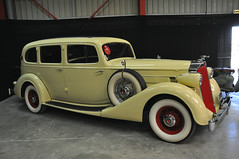 Packard Super Eight - 1936 (jfhweb) Tags: jeffweb sportauto sportcar racecar supercar gt voituredecourse historicalcar voituredecollection voituregrandtourisme voituredesport voiturehistorique vehiculehistorique avignonmotorfestival amf2018 avignon amf packard supereight