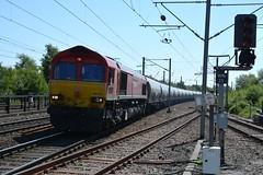 "DB Cargo Rail Class 66/0 66152 ""Derek Holmes Railway Operator"" (37190 ""Dalzell"") Tags: dbschenker red dbc dbcargorail gm generalmotors shed class66 class660 66152 derekholmesrailwayoperator northwestern wigan"