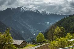 Andorra mountain landscape: Sant Julia parroquia, Gran Valira, Andorra, Pyrenees (lutzmeyer) Tags: andorra bississarri bixessarri cg6 cs600 camidecanolich canoneos5dmarkiii carreteradecanolichcs111 europe gebirge granvalira iberia iberianpeninsula lutzmeyer manyatcerters picnegrecomarcaclaror2665m pirineos pirineus pratprimercomarcaclaror pyrenees pyrenäen santjuliadeloriaparroquia berge bild camisrutes foto fotografie frühjahr frühling gebirgszug hauptstrasse iberischehalbinsel image imagen imatge landscape landschaft lutzlutzmeyercom mai maig mainroad may mayo montana montanas mountains muntanyes paisaje paisatge photo photography picture primavera rural rutaciclista17colldegallinacanolich sonnenaufgang sortidadelsol spring sunrise valley santjuliadeloria
