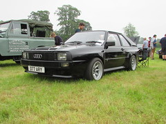 Audi Quattro D77ARY (Andrew 2.8i) Tags: berkeleycastle berkeley glos gloucestershire classic classics car cars show german coupe sports sportscar 4wd 4x4 ur sport quattro audi