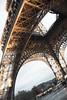 Torre eiffel inclinada (Bichuas (E. Carton)) Tags: inclinada suelo cielo torre eiffel ciudad paris francia safecreative