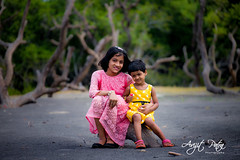 My two Angels (avipatra {Busy}) Tags: bichitrapur incredibleindia child childphotography