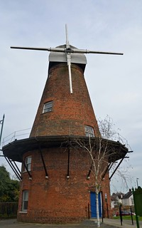 Rayleigh Windmill April6th 365/96