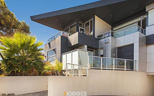 1/10 Warrigal Rd, Parkdale VIC 3195