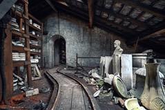interne rail (Knee Bee) Tags: pottery poterie usine faïence decay urbex porzellanfabrik