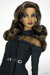 Agnes Von Weiss Vamp. (U-Gin Starr) Tags: agnes agnesvonweiss vamp fr fashiondolls fashion fashionroyalty integritytoys