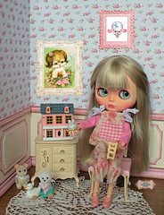 Charlotte spent the holiday playing with her new dollhouse. I hope you have enjoyed the day so much as she did! <3 :) (♥ Little Enchanted World ♥) Tags: blythe dolls diorama little enchanted world cute lovely handmade bedroom livingroom dollhouse miniatures props shabby chic flowers kawaii sylvanian families custom ooak
