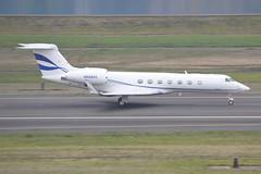 N888HZ (LAXSPOTTER97) Tags: n888hz gulfstream aerospace g550 cn 5197 cloud skipper ltd airport aviation airplane kpdx