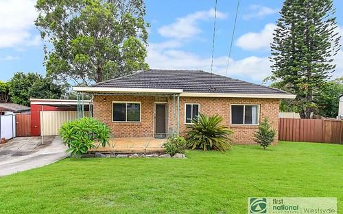 5 Illoca Pl, Toongabbie NSW 2146