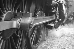 IMG_0328 (372Paul) Tags: toddington broadway cheltenham hailes foremarkehall po kingedwardii 6023 5197 s160 7903 6430 pannier dmu cotswoldfestivalofsteam gloucestershirewarwickshirerailway steam locomotive class20 class26 shunter