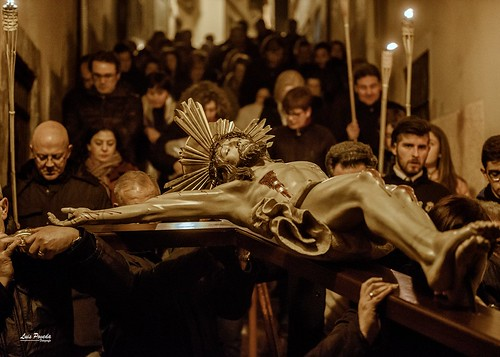 """(2018-03-23) - IX Vía Crucis nocturno - Luis Poveda Galiano (06) • <a style=""""font-size:0.8em;"""" href=""""http://www.flickr.com/photos/139250327@N06/26175426877/"""" target=""""_blank"""">View on Flickr</a>"""