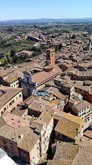 S I E N A (uffagiainuso) Tags: siena italia cityview cityscape urbanistica urbanscape cityexplorer landscapearchitecture architecture rooftop ontheroofs roofs pointofview topview beautifulview panorama village ancientvillage ancienttown