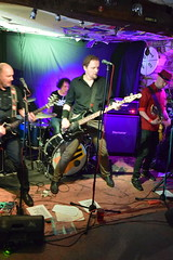 DSC_0126 (richardclarkephotos) Tags: tim bish joey luca © richard clarke photos derellas three horseshoes bradford avon wiltshire uk lone sharks guitar bass drums guitarist drummer bassist band bands live music punk