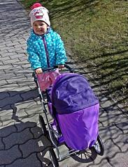 Luna geht gern mit Oma spazieren. (fleckchen) Tags: enkel enkelin granddaughter puppenwagen kind kinder fröhlich child children luna frühling