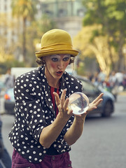 Wow (Martin H.E) Tags: sony a7r2 90mm tamron buenos aires portrait retrato amateur photo alpha clown woman colors colores argentina art street pic