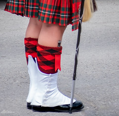 A man will not go hungry with a knife in his sock (Donna Brittain - See what I see) Tags: sgiandubh plaid highland kilt cane parade knife portperryontariocanada scot red feet smileonsaturday challenge happyfeet