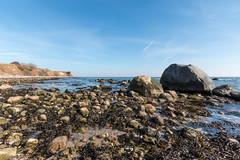 20180330-IMG_9221 (dr_knox) Tags: objekt ort fa findling himmel ostsee steilküste strand