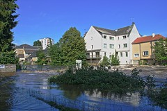 Qui l'eût crue (Tonton Gilles) Tags: alençon normandie hdr rivière sarthe crue inondation paysage urbain gué de