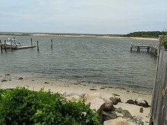 barnstable-seaview-avenue-waytowater (MA CZM Coast Guide Online) Tags: barnstable seaviewavenue waytowater czm macoastguide
