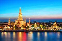 Thailand (lthuong2608) Tags: sông nước bầutrời hoànghôn kiếntrúc đềnchùa đền chùa tháp thuyền