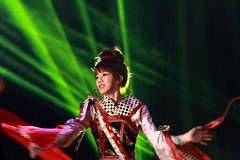 IMG_9066M 無双樂團 (陳炯垣) Tags: performance stage dancer musician traditional