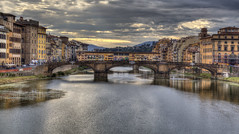"Ponte Vecchio • <a style=""font-size:0.8em;"" href=""http://www.flickr.com/photos/45090765@N05/40161497405/"" target=""_blank"">View on Flickr</a>"