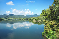Tranquil Maojiabu (Andy Brandl (PhotonMix)) Tags: landscape nikon photonmix hangzhou zhejiangprovince china tranquility beauty reflections lake westlake maojiabu hills shore clouds peaceful traveldestination unescoworldheritage