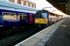 London 2018 – Train arriving at Harwich International (Michiel2005) Tags: station statie harwichinternational 360103 essex engeland england uk unitedkingdom greatbritain verenigdkoninkrijk vk grootbrittannië