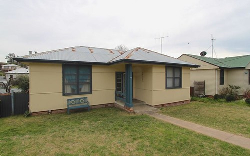 23 Commonwealth Street, Bathurst NSW 2795