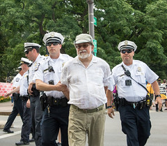 IMG_8851 (Becker1999) Tags: columbus ohio oh june 18th 2018 week6 rally protest resist anewandunsettlingforce confrontingthedistortedmoralnarrative action civildisobedience arrestingprotesters police arrest statehouse blockingtraffic