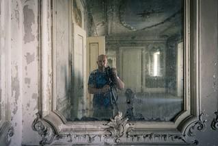 'Mirror Palace'....