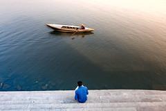 Varanasi,2018 (Raghunathan Anbazhagan) Tags: india people places travel travelphotography river ganges ganga boat varanasi cwc cwctravelwalk chennaiweekendclickers