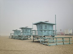 Lifeguard off-duty – keep off (Alizarin Krimson) Tags: huts lifeguard sand beach venice la losangeles fog foggy mist abandoned offseason blue lightblue